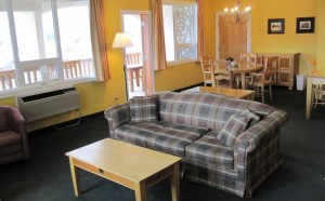 Executive Studio with King Bed, Park Place Lodge, Fernie